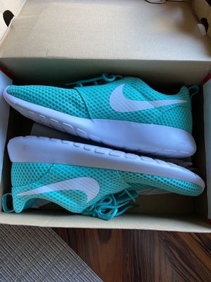 Nike Roshe men's shoes for Sale in Spanaway, WA