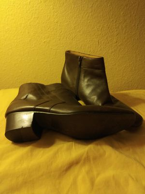 Vintage Mens Brown Leather Boots size 9.5 for Sale in Chula Vista, CA