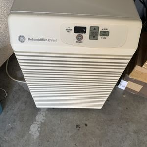 Dehumidifier general Electric for Sale in Naples, FL