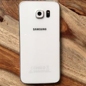 Samsung S6 like brand new just open box, unlocked with warranty. for Sale in Odenton, MD
