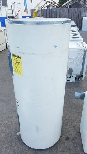 80 gallon Everkleen self cleaning water heater for Sale in Tampa, FL