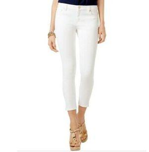 Michael kors Izzy basic white crop skinny women's pant for Sale in Miami Gardens, FL