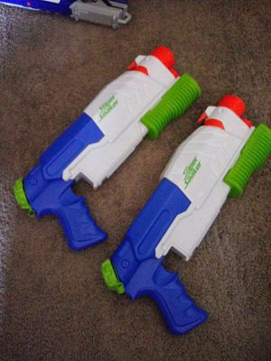 Nerf super soaker toy water 💦 guns for Sale in Tustin, CA