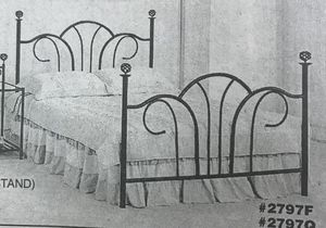 QUEEN BLACK HEADBOARD AND FOOTBOARD WITH METAL FRAME $149 for Sale in Denver, CO