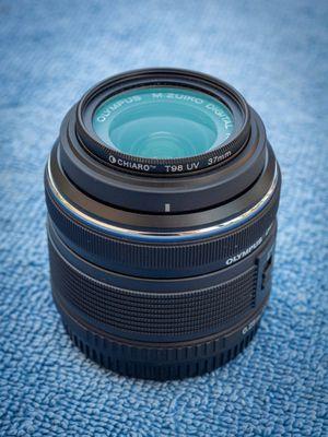 Olympus M.Zuiko 14-42mm f3.5-5.6 II R MSC zoom lens LIKE NEW for Sale in El Dorado Hills, CA