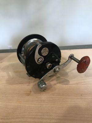 JCHiggins saltwater fishing reel model 311 3164 with original line for Sale in Princeton, NJ