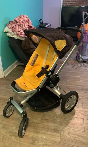 Quinny Buzz Stroller (Yellow) for Sale in Adelphi, MD