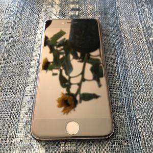 Pristine iPhone 8 64GB space grey unlocked for Sale in Whittier, CA