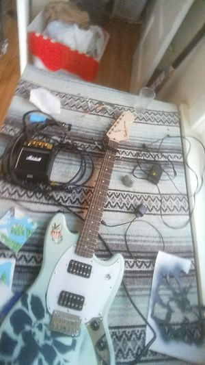 Electric guitar/portable amp/power supply/daisy chain for fx pedals for Sale in Tacoma, WA