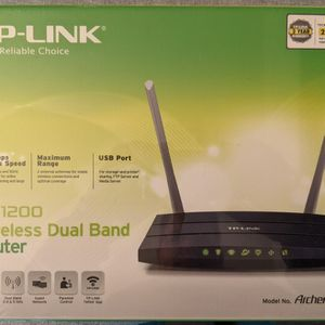 TP-Link Archer C50 Router for Sale in Clovis, CA