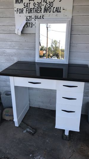 Antique sowing table transformation for Sale in Knoxville, TN