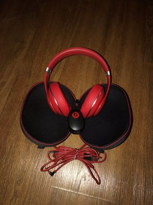 Beats Noise Cancellation Wired Headphones for Sale in Pittsburgh, PA