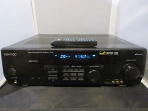 Kenwood VR-517 Audio Video AV Surround Receiver Stereo w/Remote. for Sale in Milwaukee, WI