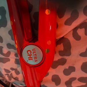 Ultra Chi Hair Straightner for Sale in Modesto, CA