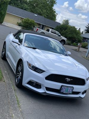 2017 mustang convertible clean title with only 51,388 miles on it for Sale in Beaverton, OR