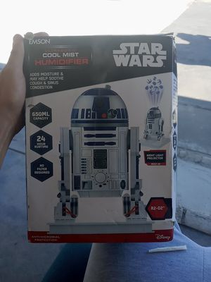 Emson star wars humidifier with night light projecter for Sale in Ripon, CA