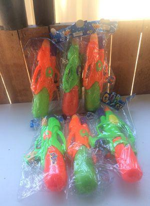 6 water guns for Sale in Wildomar, CA