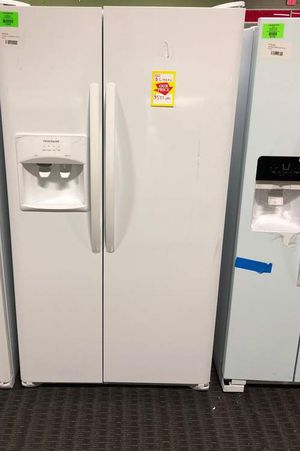 Brand New Frigidaire Side by Side Refrigerator White (Model:LFSS2612TP) 2NG for Sale in Dallas, TX