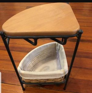 Longaberger wrought iron corner shelf. Includes corner basket and wood top for shelf for Sale in Lake Shore, MD