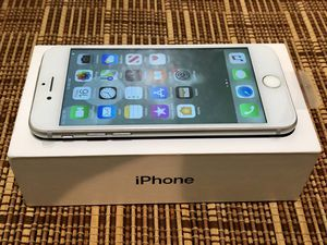 Silver iPhone 7 32gb Unlocked Apple Smartphone for Sale in Atherton, CA