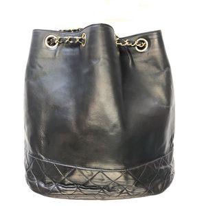 Chanel vintage leather bucket bag for Sale in Las Vegas, NV