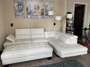 White leather couch for Sale in Atlanta, GA