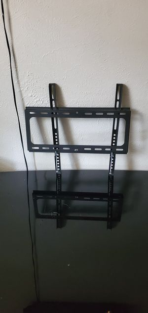 armstrong tv tilt wall mount. for Sale in Fort Worth, TX