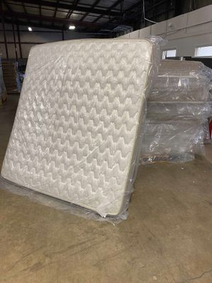 Queen and king brand new mattress ! Made in USA ! Must sell! Liquidation event R 6J for Sale in Houston, TX