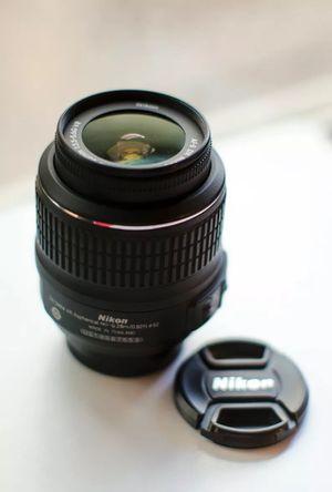 Nikon Zoom Nikkor 18-55mm f3.5-5.6 AF-S Lens for Sale in Victorville, CA