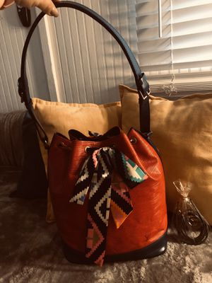 Authentic Louis Vuitton Epi Noe Bag for Sale in American Canyon, CA