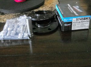 Rim spacers, and brand knew lock set with key for Sale in Valrico, FL