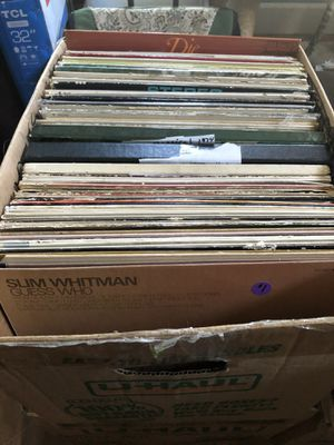 Box of 80 records / vinyl / no real big names but I thought Someone might want these random mix of records or maybe use for art work. I priced them a for Sale in Everett, WA