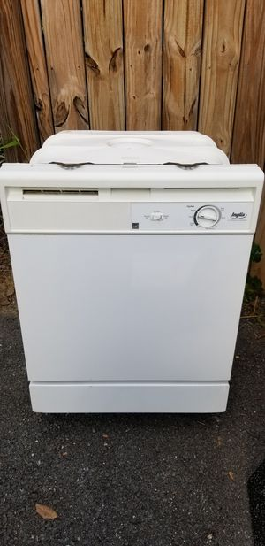 Whirlpool, Inglis dishwasher, white, nice and simple for Sale in Bethesda, MD