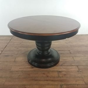 Round Wooden Dining Table (1025899) for Sale in South San Francisco, CA