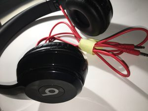 Beats studio 3 wireless headphones (BLACK) for Sale in Lexington, KY