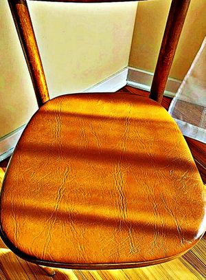Wooden Shelby Williams Industries MCM chairs (4) with leather seat cushion. for Sale in Claymont, DE