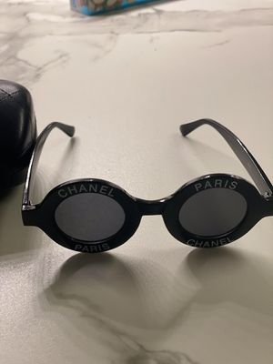 Round Chanel Vintage Frames Sunglasses Designer Gucci Bags for Sale in Los Angeles, CA