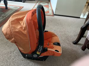 Car seat for Sale in Evergreen Park, IL