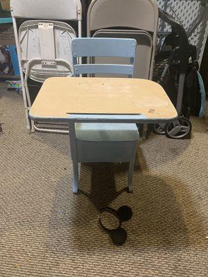 Kids desk table for Sale in Norwalk, CA