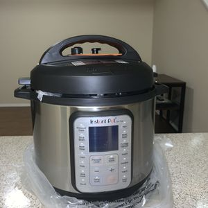 New Instant Pot Duo Plus 9-in-1 for Sale in Irvine, CA