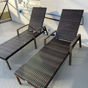 Pool Sun Chairs Outdoor X 2 for Sale in Brandon, FL