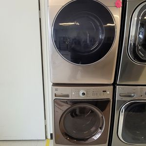 Kenmore Front Load Washer Used And Samsung Electric Dryer New Scratch And Dents With 4month's Warranty for Sale in Washington, DC