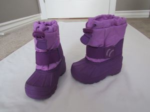 Girls Cat & Jack Purple Snow Boots Toddler 5/6 for Sale in Huntington Beach, CA