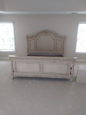French King Bed Set for Sale in Washington, DC