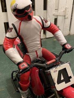 Motorcycle RC Dirt Bike Honda. for Sale in Seattle,  WA