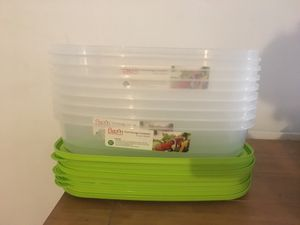 Eight large food storage containers (24 cups) for Sale in Los Angeles, CA