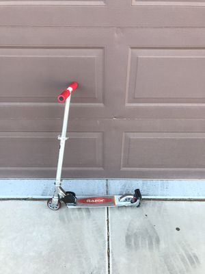 Razor Scooter for Sale in Chandler, AZ