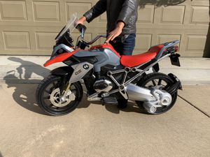 BMW GS Electric Bike (includes set of training wheels) for Sale in Huntington Beach, CA