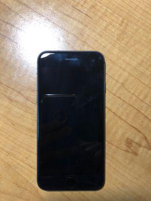 iPhone 8 for Sale in Haymarket, VA