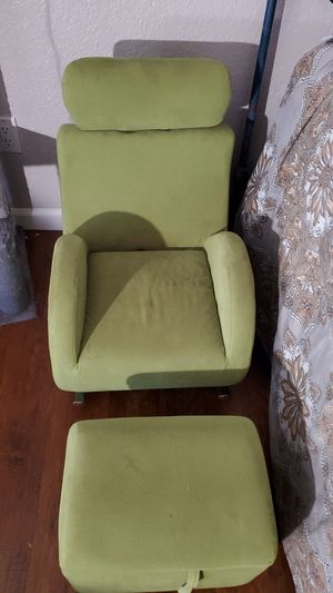 Kids chair rocker and ottoman for Sale in Fresno, CA